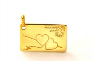 Carte postale Coeurs timbrés - Médaille rectangle en plaqué or