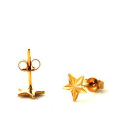 Puces étoiles finement ciselées – Boucles d'oreilles en plaqué or