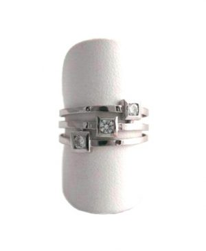Bague triple anneaux et oxydes de zirconium - Or blanc 750/1000 - Taille 54