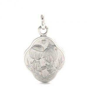 Médaille des amoureux de Peynet au petit coeur en argent